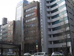 外観②:1階に西日本シティ銀行の入っているビルの5階になります。